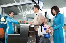 Vietnam Airlines tặng vé máy bay cho trẻ em và học sinh giỏi