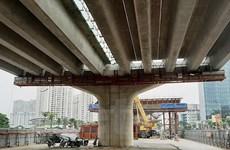 Cận cảnh thi công đường vành đai trên cao đoạn Mai Dịch-Nam Thăng Long