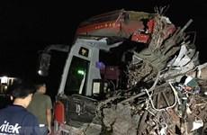 Phó Thủ tướng chỉ đạo khẩn vụ tai nạn xe tải đâm xe khách ở Hòa Bình