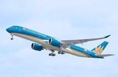 Một chuyến bay từ Pháp về Hà Nội phải lùi lịch trình 32 tiếng