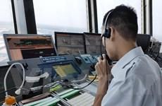 Nghề Kiểm soát viên không lưu: Những người 'lái' phi công trên trời