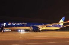 Máy bay Boeing 787-10 của Vietnam Airlines đã hạ cánh ở Nội Bài