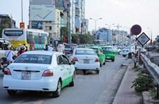 Hà Nội sẽ phân vùng hoạt động xe taxi, 'khoác' 5 màu sơn chung