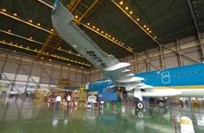Việt Nam liên doanh bảo dưỡng, sửa chữa máy bay với Singapore
