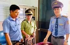 Nhân viên đường sắt trả lại hàng chục triệu đồng khách quên trên tàu