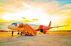 Viejet tung khuyến mãi, khách hàng có cơ hội ''ẵm'' máy bay 1kg vàng