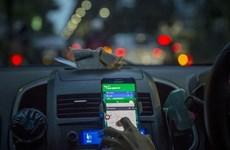 Xe taxi và taxi công nghệ không bắt buộc phải gắn hộp đèn trên nóc