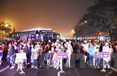 Hàng nghìn công nhân lao động lên chuyến xe yêu thương về quê đón Tết