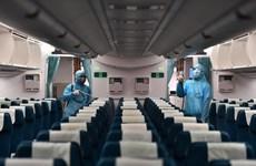 Vietnam Airlines phun khử trùng đội tàu bay khai thác trong ngày