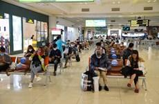 Hành khách phải đảm bảo giãn cách đúng quy định khi đi hàng không