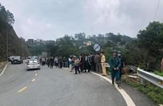 Bốn người tử vong sau vụ ôtô va chạm xe máy, lao xuống vực sâu 200m