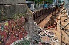 Hà Nội sẽ gắn lại tranh gốm sứ lên tường bị phá dỡ để hạ cốt đê