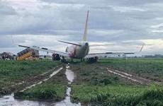 Máy bay Vietjet trượt khỏi đường băng tại sân bay Tân Sơn Nhất
