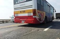 ''Nắn'' lộ trình 16 tuyến xe buýt để sửa chữa mặt cầu Thăng Long