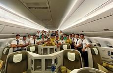 Lương phi công và tiếp viên Vietnam Airlines giảm sâu do dịch COVID-19
