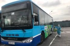Phun khử khuẩn toàn bộ xe buýt Hà Nội sau khi nhân viên mắc COVID-19