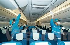 Khách bỏ quên gần 300 triệu đồng trên máy bay Vietnam Airlines