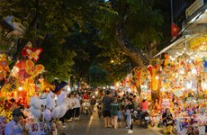 Hà Nội cấm phương tiện trên 5 tuyến phố phục vụ Trung Thu phố cổ