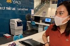 Tiếp viên Vietnam Airlines trả lại tài sản giá trị cho hành khách