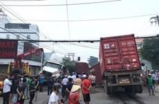 Tàu chở hàng đâm xe container là do lỗi chủ quan của ngành đường sắt