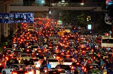 Phó Thủ tướng: Sẽ không giảm được ùn tắc khi xe cá nhân gia tăng nhanh