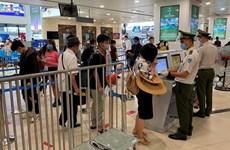 Lượng khách qua sân bay Nội Bài giảm sâu do ảnh hưởng dịch COVID-19