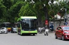 Xe buýt điện VinBus chạy thử nghiệm một số tuyến nội đô Hà Nội