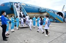 Bố trí chuyến bay riêng chở 300 'chiến sỹ áo trắng' chi viện TP.HCM