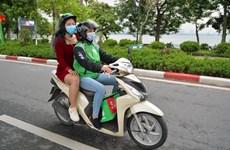 Hà Nội: Nghề tài xế công nghệ lên ngôi trong 'cơn bão' COVID-19