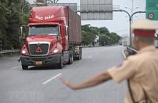 Thiếu lái xe container vận chuyển tiêu thụ hàng hóa nông sản phía Nam