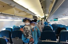 Vietnam Airlines đưa 200 người dân Quảng Nam từ TP.HCM hồi hương