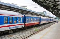 Sau thí điểm, ngành đường sắt tăng tần suất chạy tàu khách