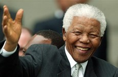 Đấu giá kỷ vật của cựu Tổng thống Nelson Mandela