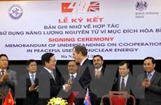 Việt-Anh hợp tác sử dụng năng lượng nguyên tử vì hòa bình