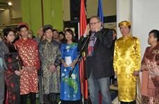 Việt Nam là tâm điểm Hội chợ Du lịch Chaleroi 2014