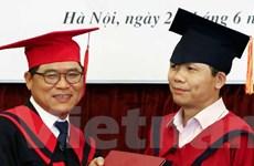 Công sứ Hàn Quốc nhận học vị tiến sỹ Quan hệ quốc tế của Việt Nam