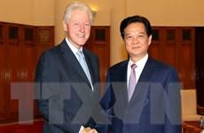 Thủ tướng Nguyễn Tấn Dũng tiếp cựu Tổng thống Mỹ Bill Clinton