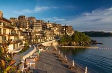 """Montenegro xây dựng khu du lịch """"siêu xịn"""" bên bờ biển Adriatic"""