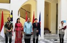 Trang trọng lễ thượng cờ các nước ASEAN tại Cộng hòa Séc