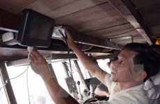 Tiền Giang: Lắp đặt thiết bị kết nối vệ tinh Movimar cho 83 tàu cá