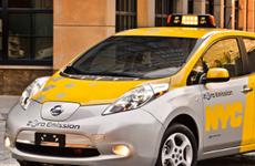 Thủ đô Rome của Italy thí điểm chương trình taxi chạy điện