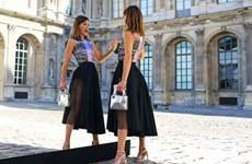 Mãn nhãn ngắm các tín đồ thời trang trên đường phố Paris