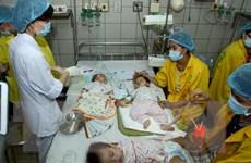 Nghệ An: Khống chế dịch sốt phát ban dạng sởi ở bản Piêng Cooc