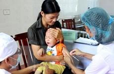 Yêu cầu hỏi rõ tình trạng sức khỏe của trẻ trước khi tiêm chủng
