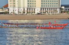 Campuchia nối lại Lễ hội đua thuyền trên sông Tonle Sap