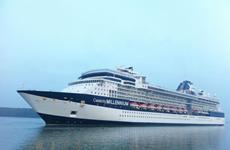 Tàu Celebrity Millennium chở hơn 1.000 khách cập cảng Chân Mây
