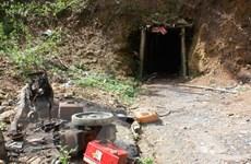 Đề xuất nổ mìn phá hủy các hầm khai thác vàng trái phép