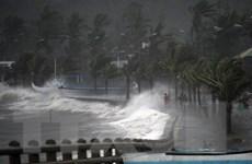Bão Hagupit tiếp tục càn quét tại Philippines làm 2 người chết