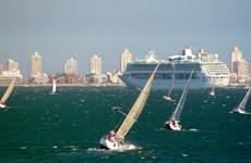 Du khách quốc tế tới Uruguay đông gần bằng dân số nước này