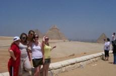 Đồng ruble mất giá, Ai Cập miễn phí thị thực cho du khách Nga